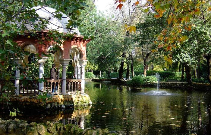 Sevilla, mágicas calles llenas de naranjos